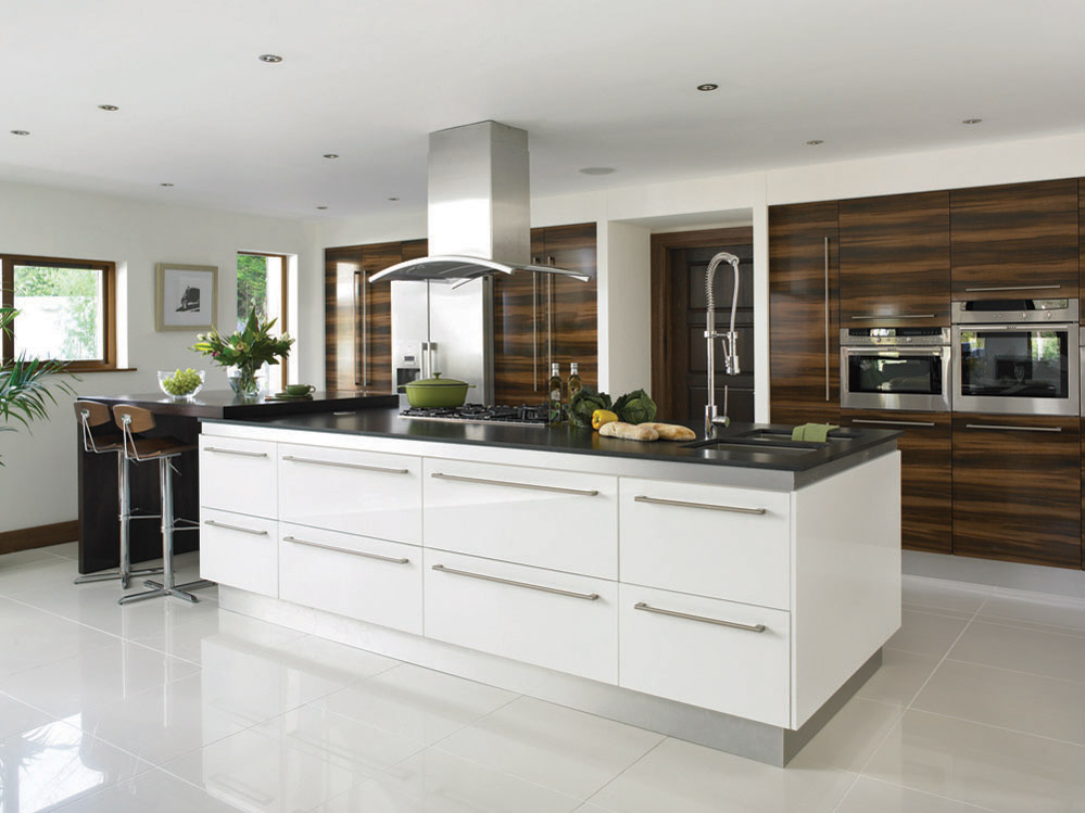 White Venice Kitchen